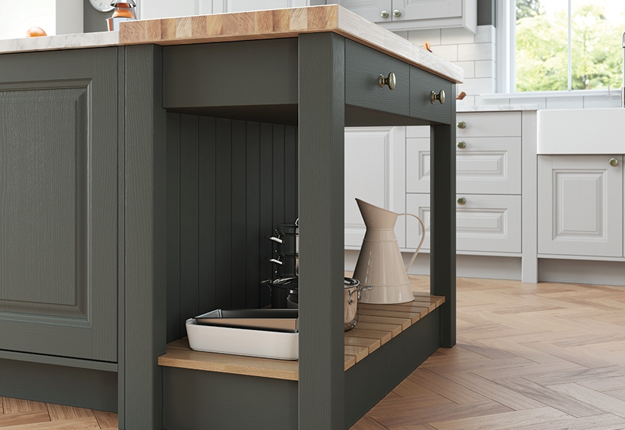 Jefferso solid wood painted kitchens traditional design for Traditional painted wood kitchens
