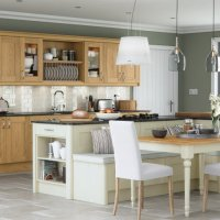 painted and solid wood doors, painted kitchens Newtownards, traditional kitchens Newtownards. Solid wood kitchens Bangor, luxury kitchens Newtownards